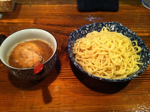 sakurazaka02.jpg